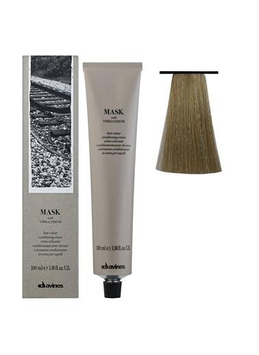 Davines Davines Mask Vibrachrom Saç Boyası 9,31 Çok Açık Kumral Küllü Dore 100 Ml Renksiz